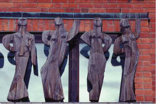 Folke Heybroek, The Nine Muses - Mannersheim School, pinewood, 540 x 190cm